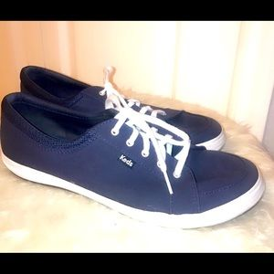 Keds Tennis Shoes... Navy w/ White Laces